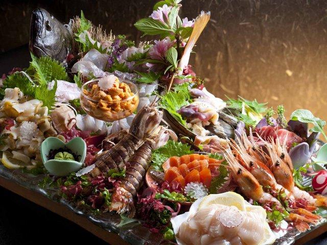 海の香り漂う、小樽の新鮮な魚介類。