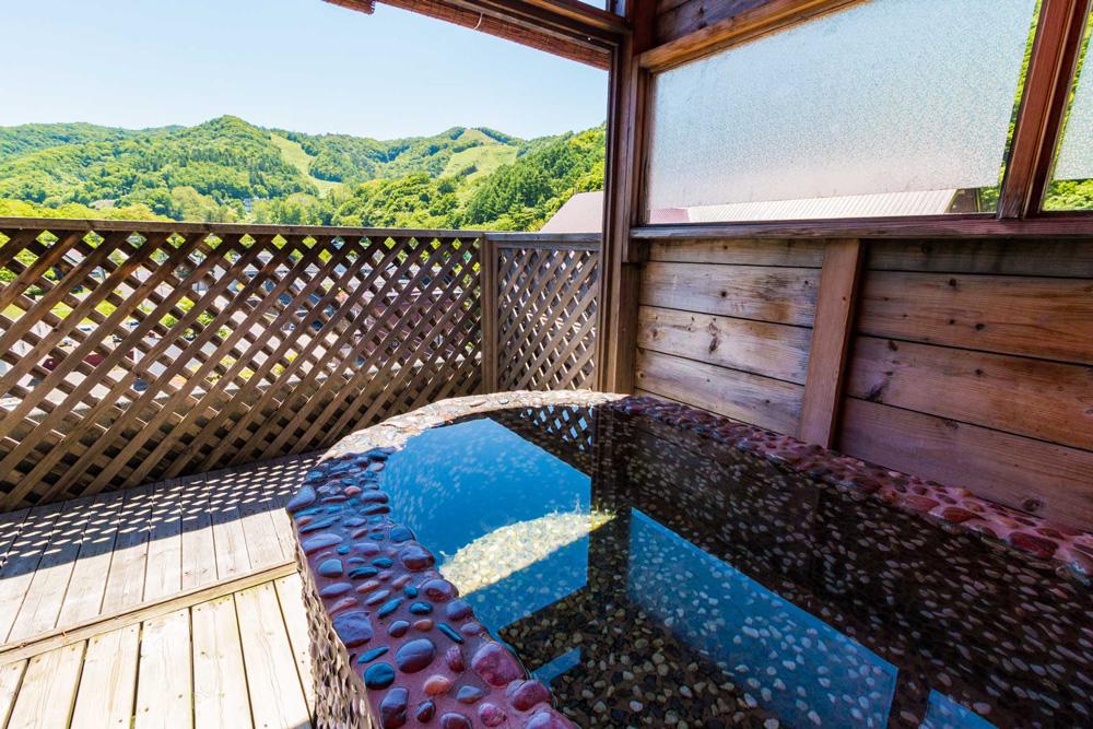 ホテル武蔵亭 石造り露天風呂
