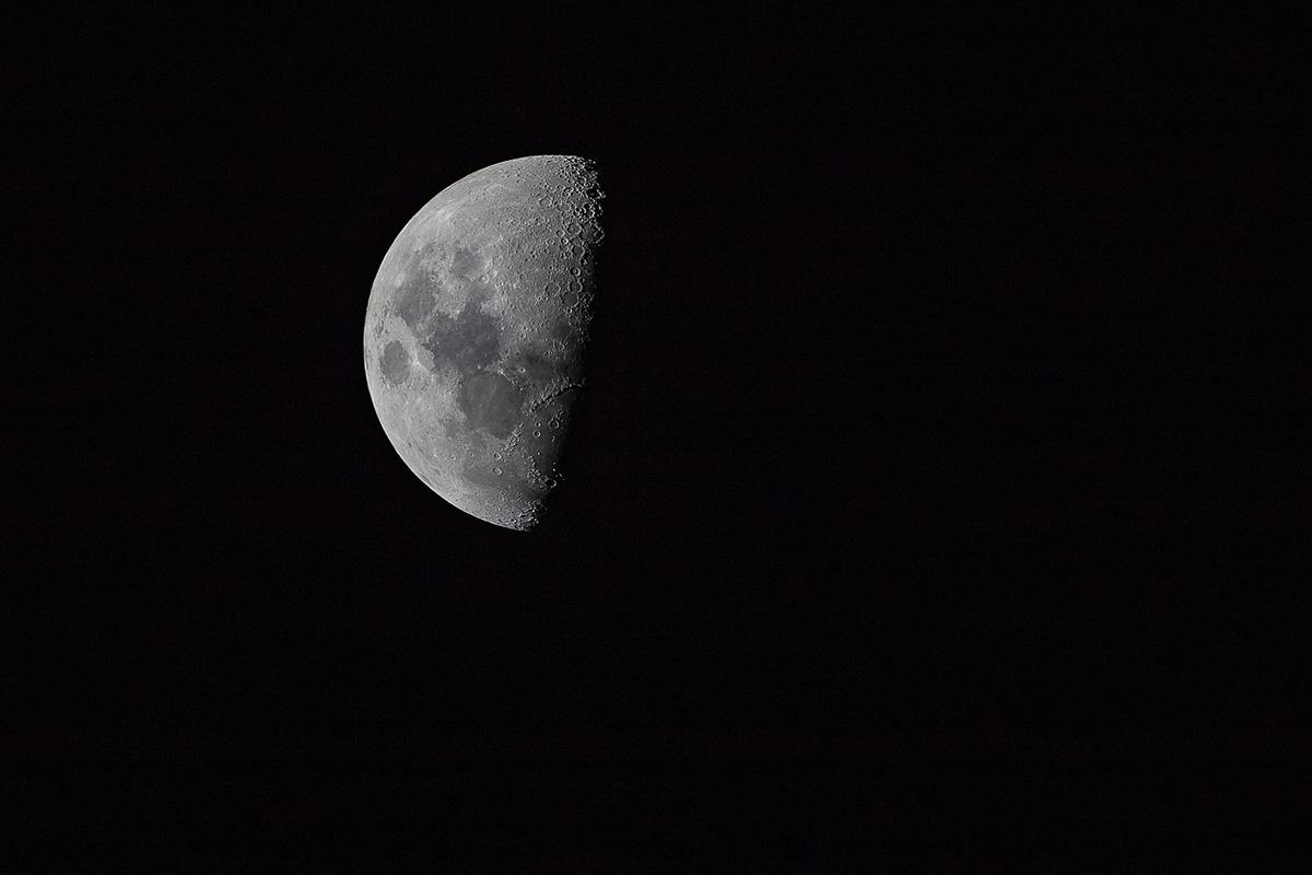 月が火星と土星に接近するそうです