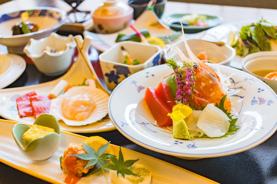 ホテル武蔵亭 小樽の海鮮満喫 料理長快心の会席膳